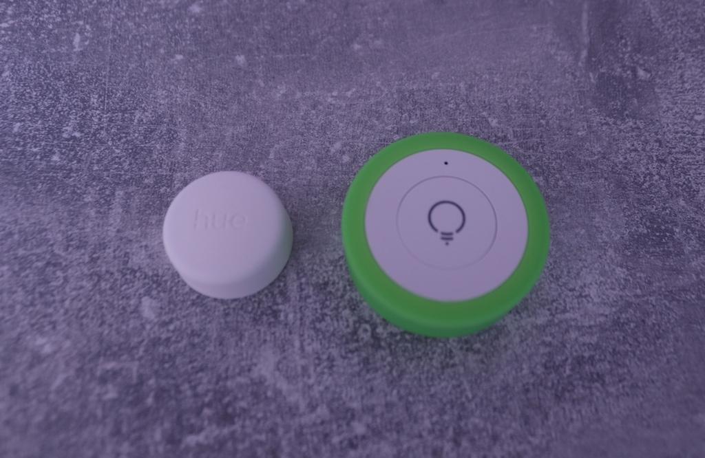 Vergleich myStrom Wifi Button - HUE Smart Button